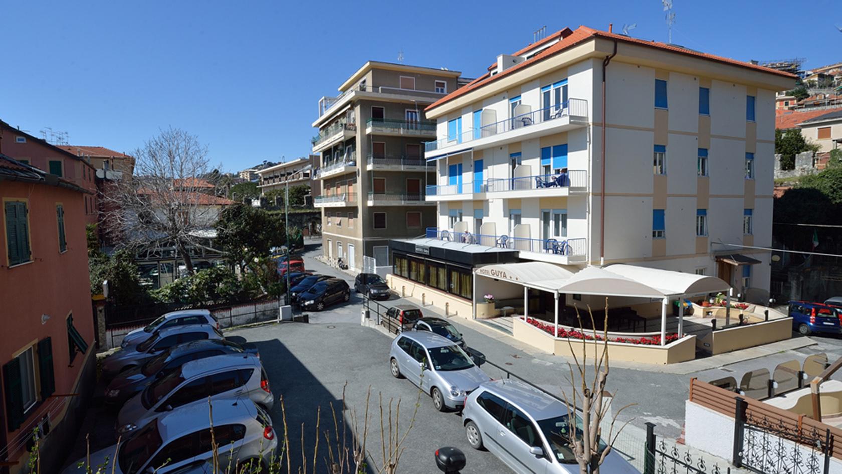 Hotel Guya