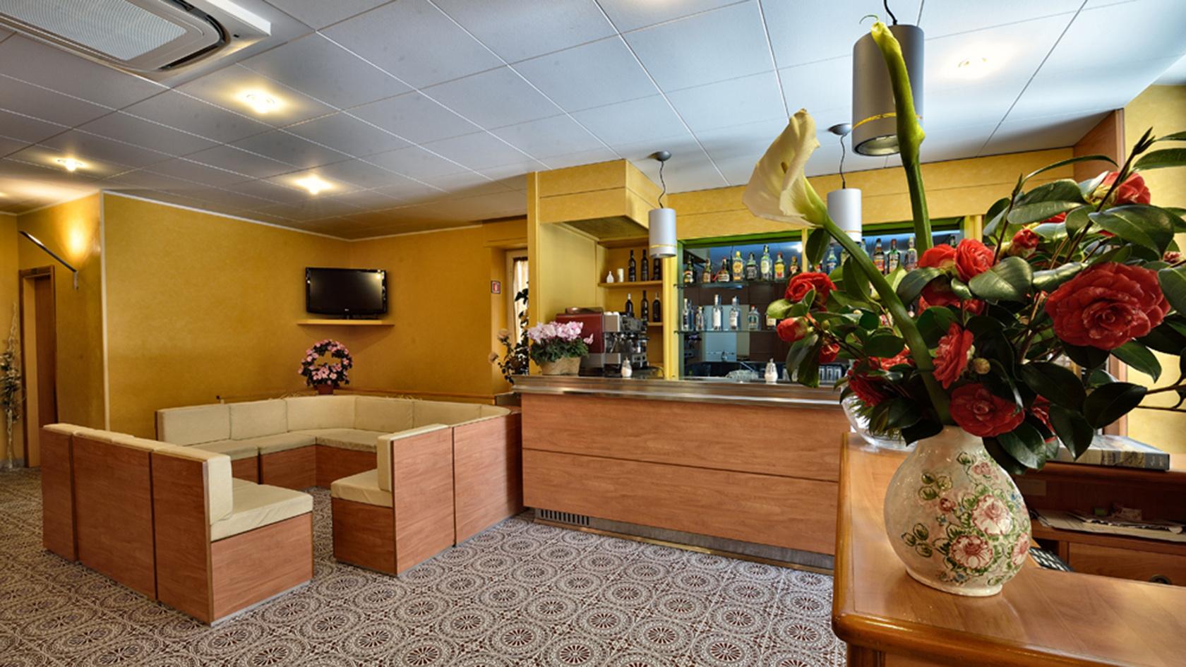 Reception Hotel Guya
